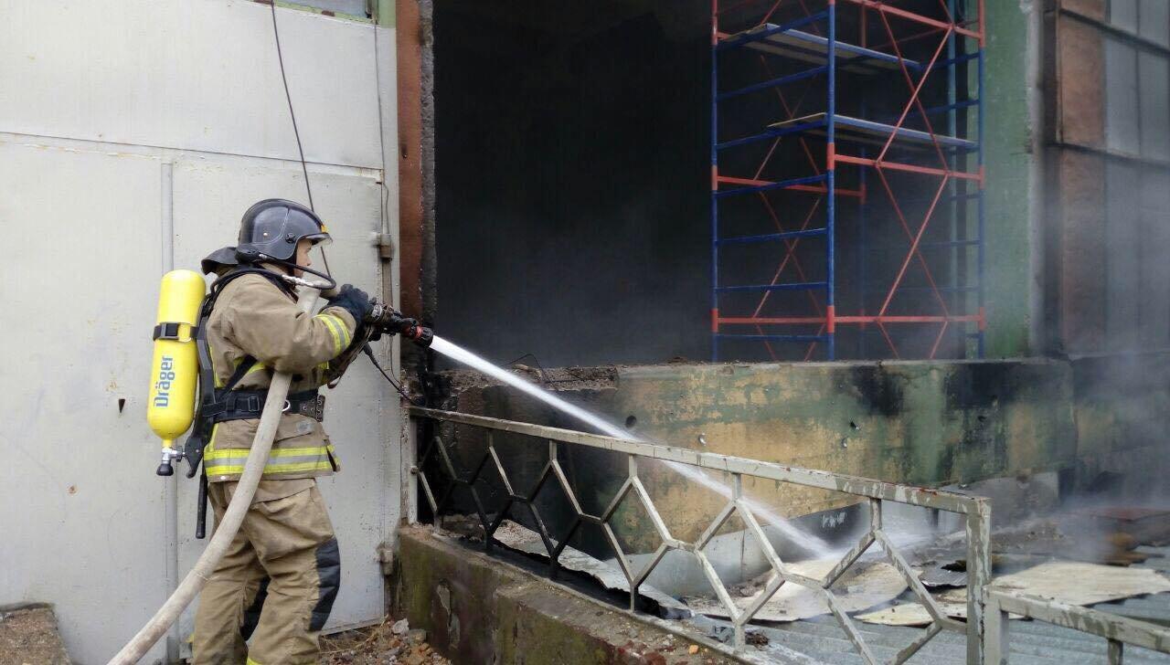 В Одессе горел завод полимерных изделий, - ФОТО, фото-3, Фото: ГСЧС