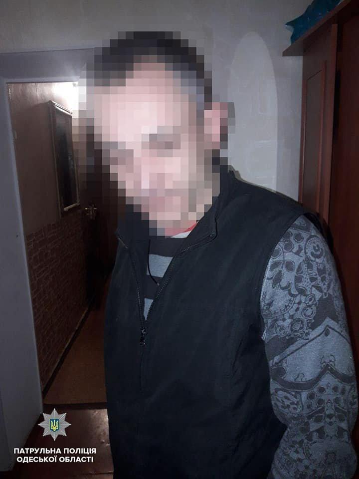 Под утро выпивший одессит устроил стрельбу в частном секторе, - ФОТО, фото-1, Фото: Патрульная полиция
