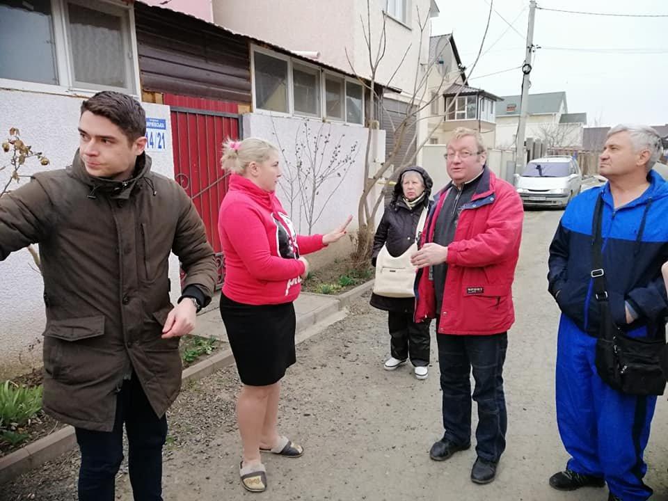 "Одесские активисты построили ""Догтаун"" у дома депутатши, - ФОТО, ВИДЕО, фото-3, Фото: Катерина Маденс"