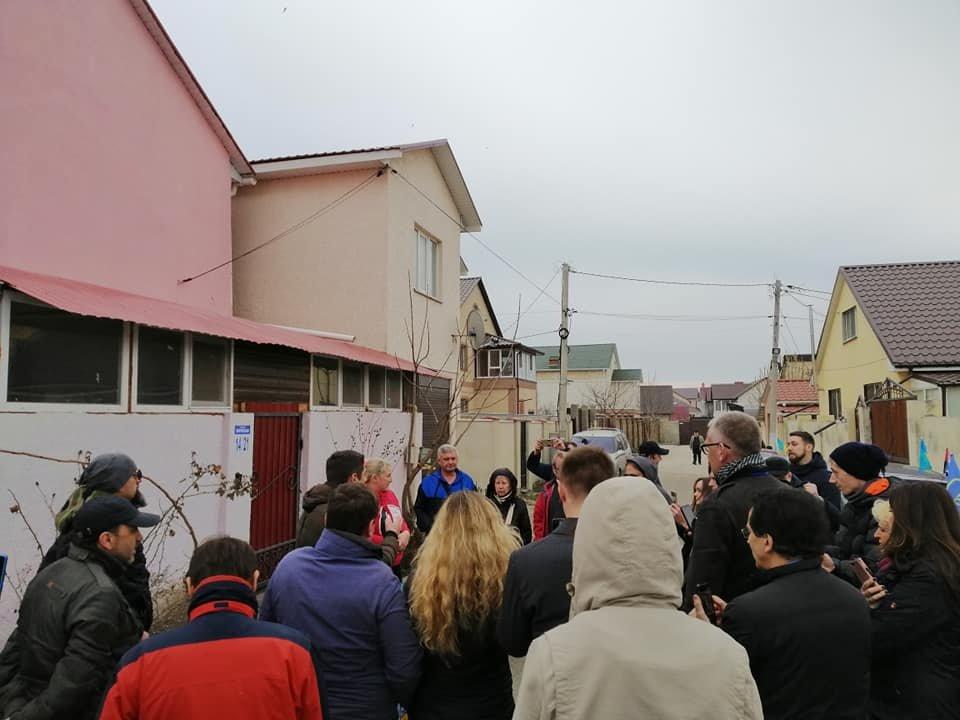 "Одесские активисты построили ""Догтаун"" у дома депутатши, - ФОТО, ВИДЕО, фото-5, Фото: Катерина Маденс"