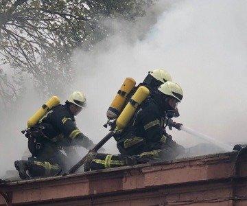 В Одессе горит больница: эвакуировано 60 человек, - ФОТО, фото-1, Фото: ГСЧС