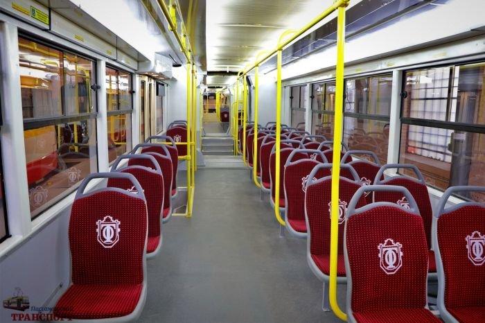 В Одессе презентовали первый многосекционный трамвай, фото-2