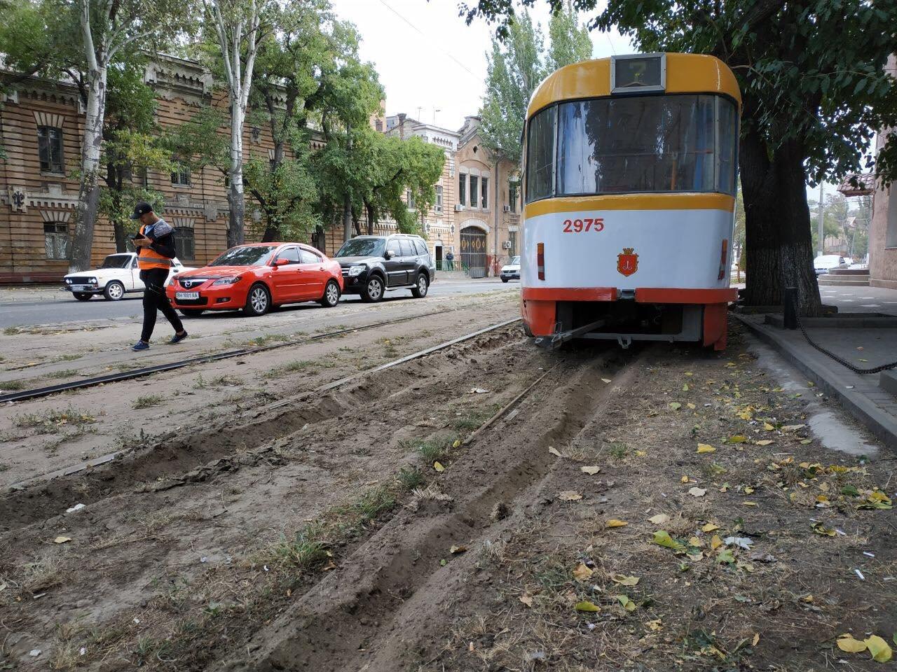 Трамвай №7 сошел с рельс в Одессе.