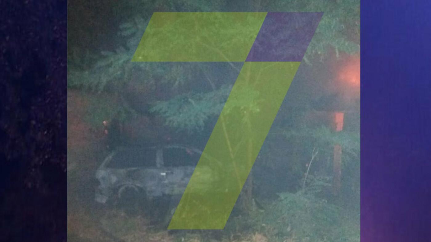 Ночью в Одессе горел автомобиль: огонь охватил постройки во дворе, - ФОТО, фото-4, Фото: 7 канал