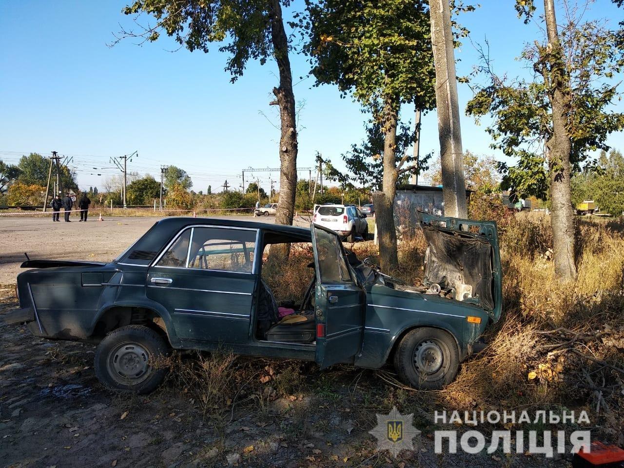На железнодорожном переезде в Одесской области в ДТП погиб человек, - ФОТО, ВИДЕО, фото-1