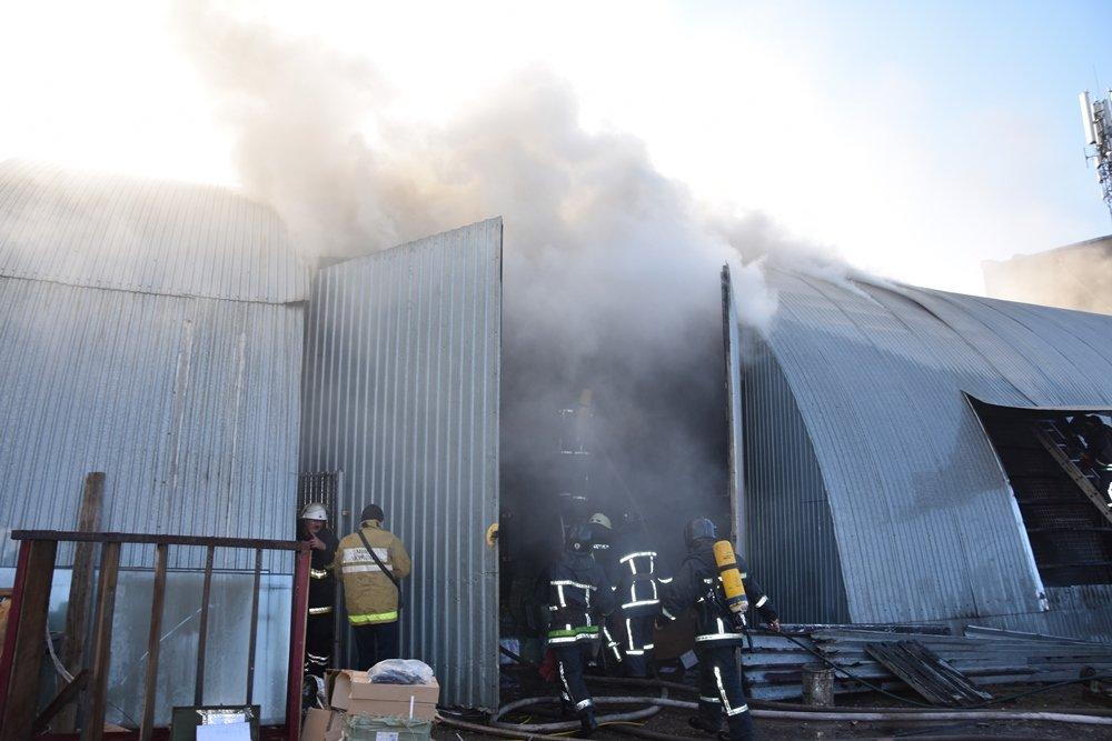 фото как горели склады в москве авангард течение следующих
