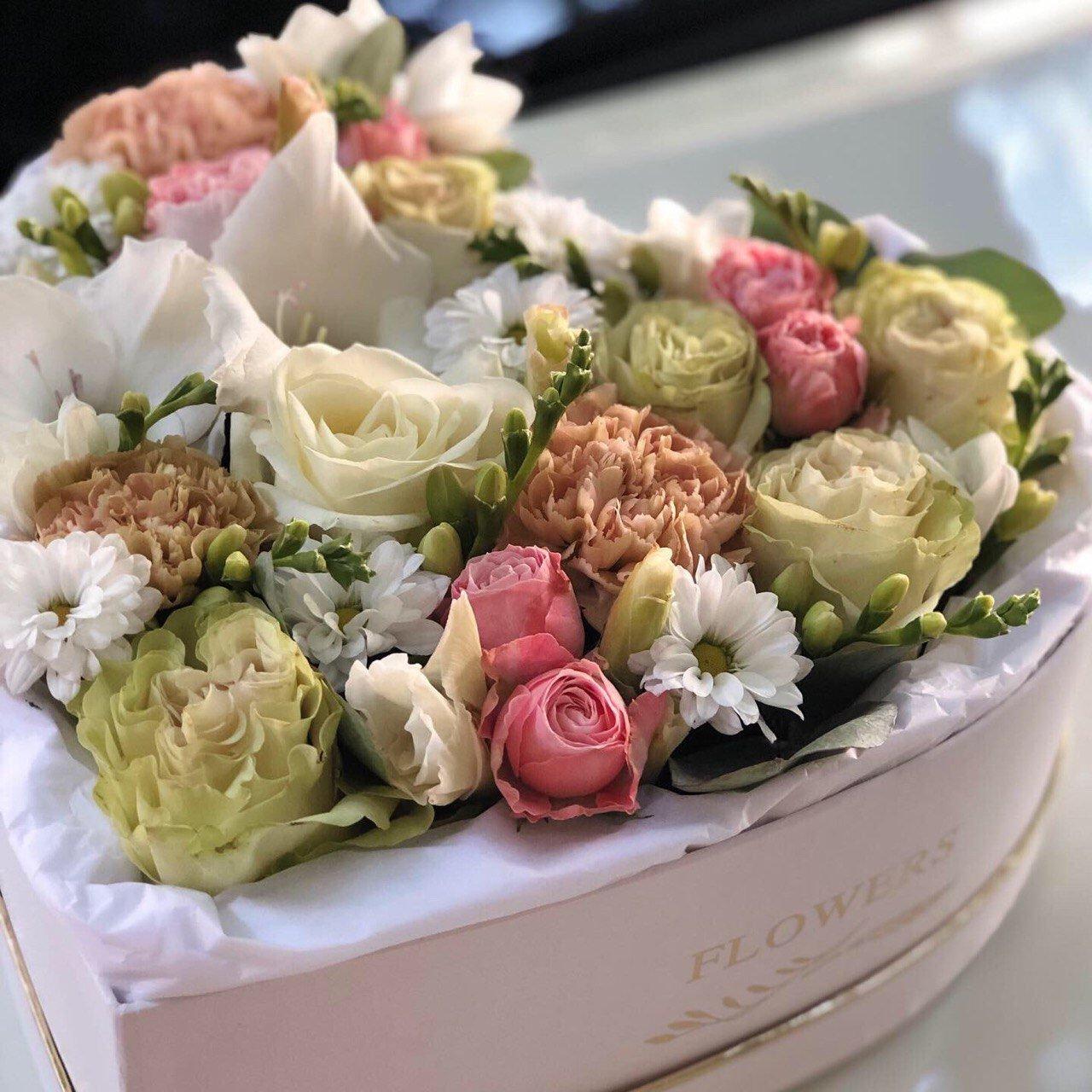 Где провести, что подарить и где купить цветы на 8 марта?, фото-32