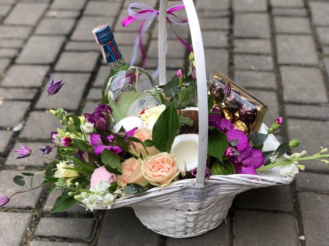 Где провести, что подарить и где купить цветы на 8 марта?, фото-29
