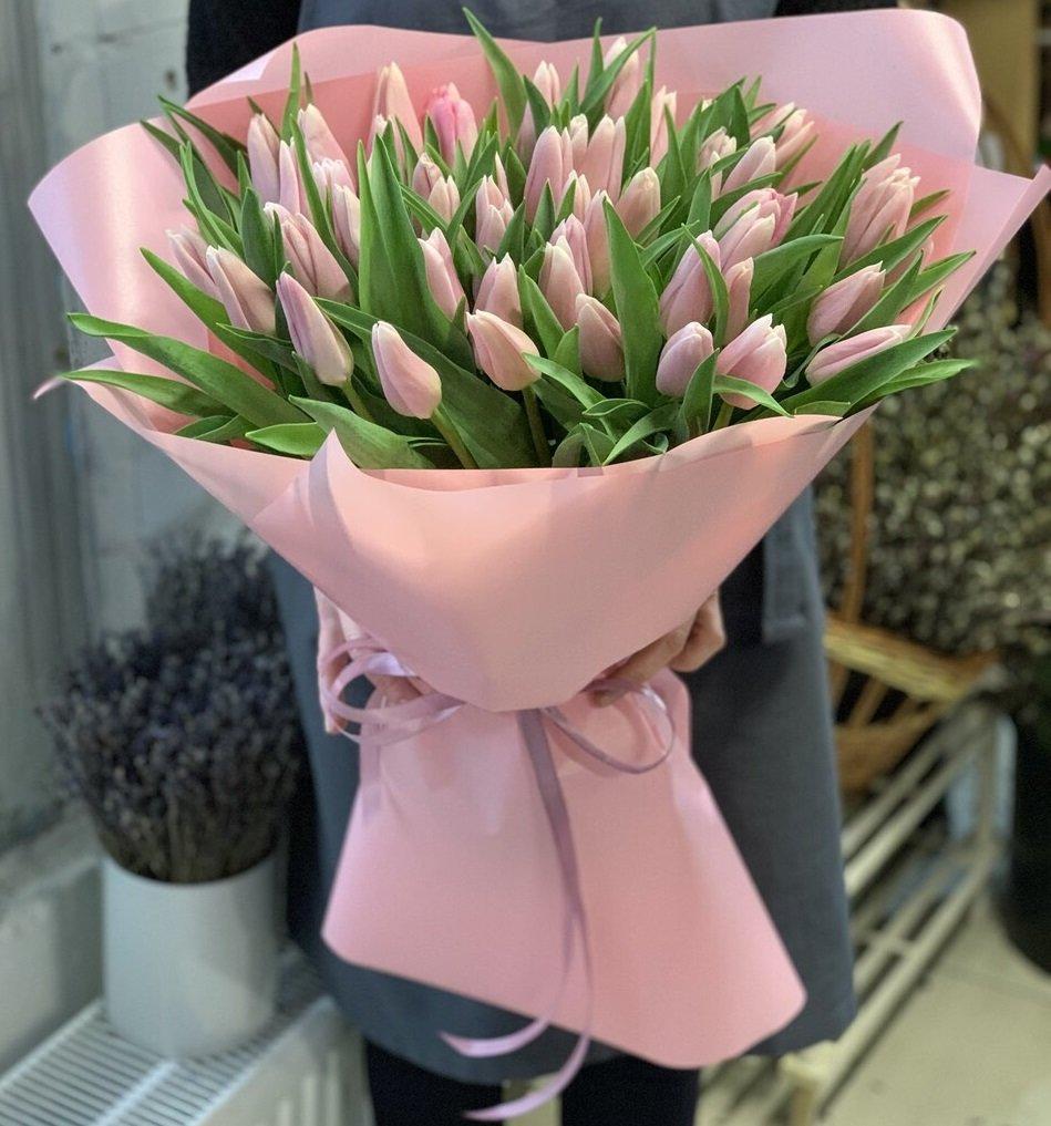 Где провести, что подарить и где купить цветы на 8 марта?, фото-37
