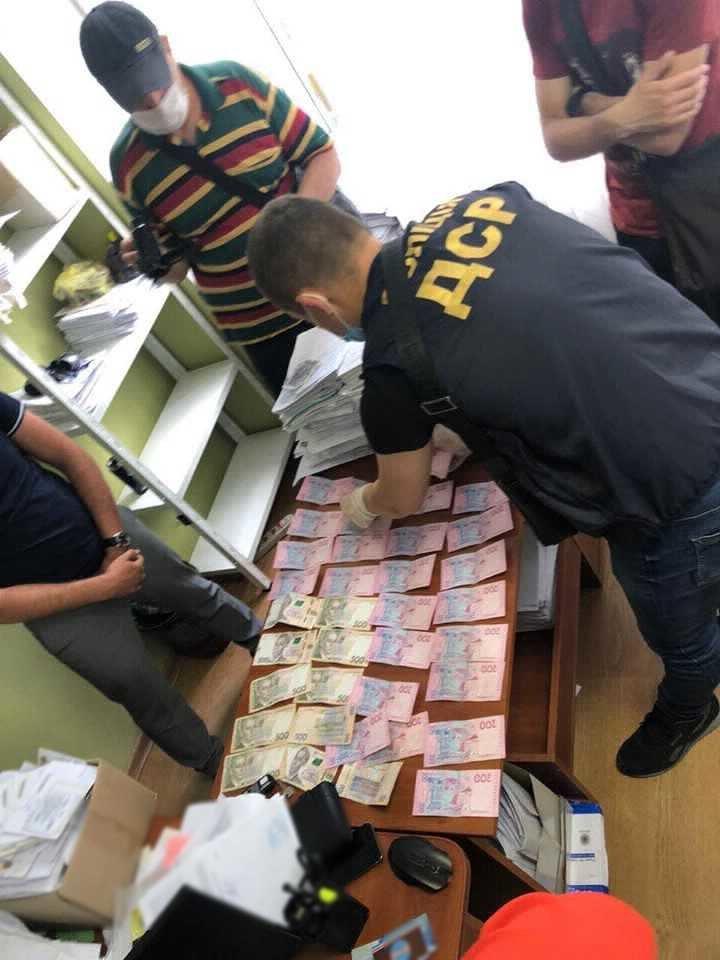 "Одесский чиновник ""погорел"" на взятке, - ФОТО, фото-2"