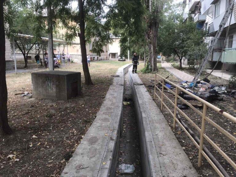 В Одесской области из-за сварочных работ загорелся балкон многоквартирного дома, - ФОТО2