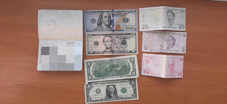 Иностранец пытался дать взятку одесскому пограничнику, - ФОТО1