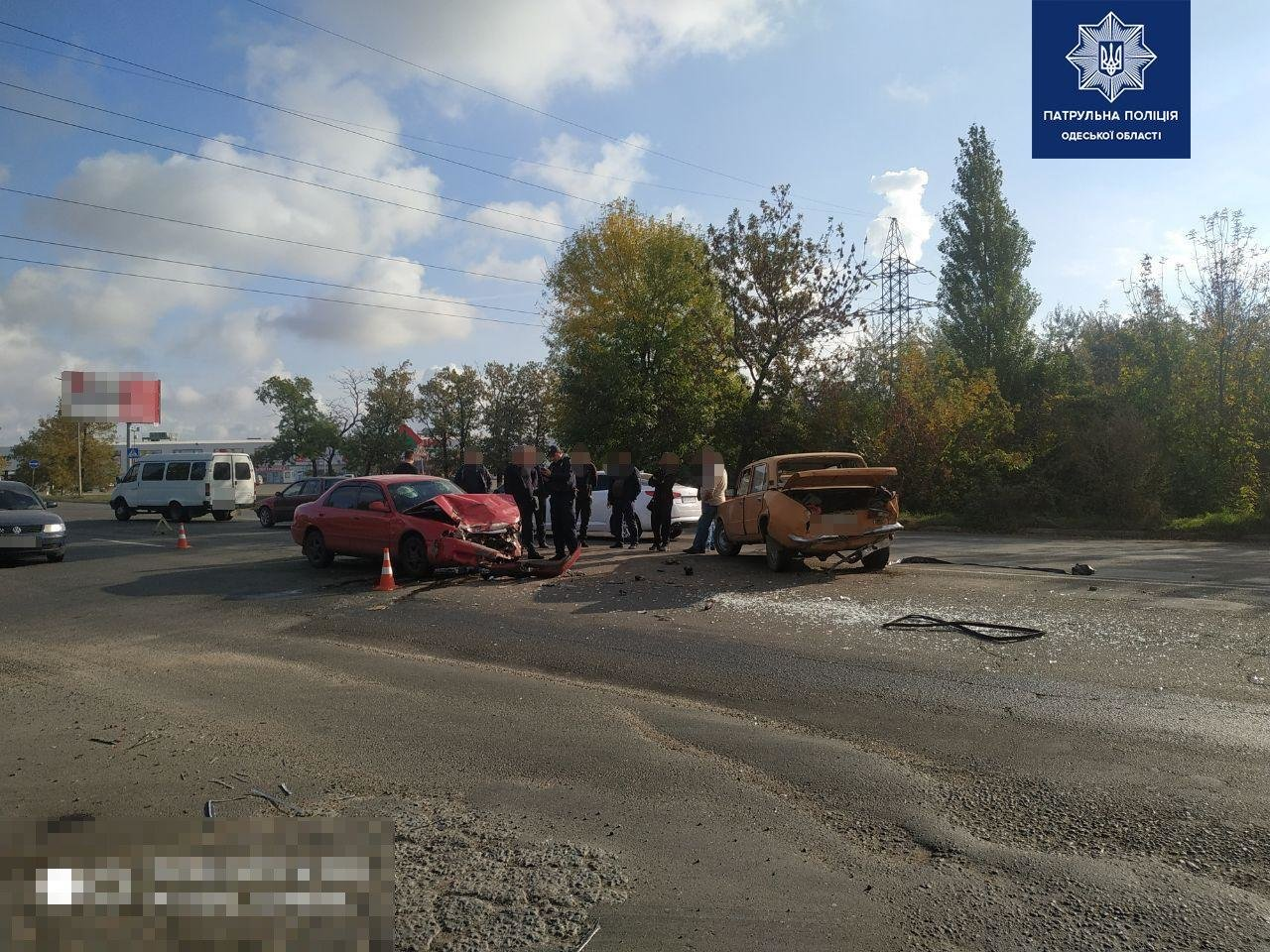 Под Одессой столкнулись Mazda и Жигули, есть пострадавшие, - ФОТО3