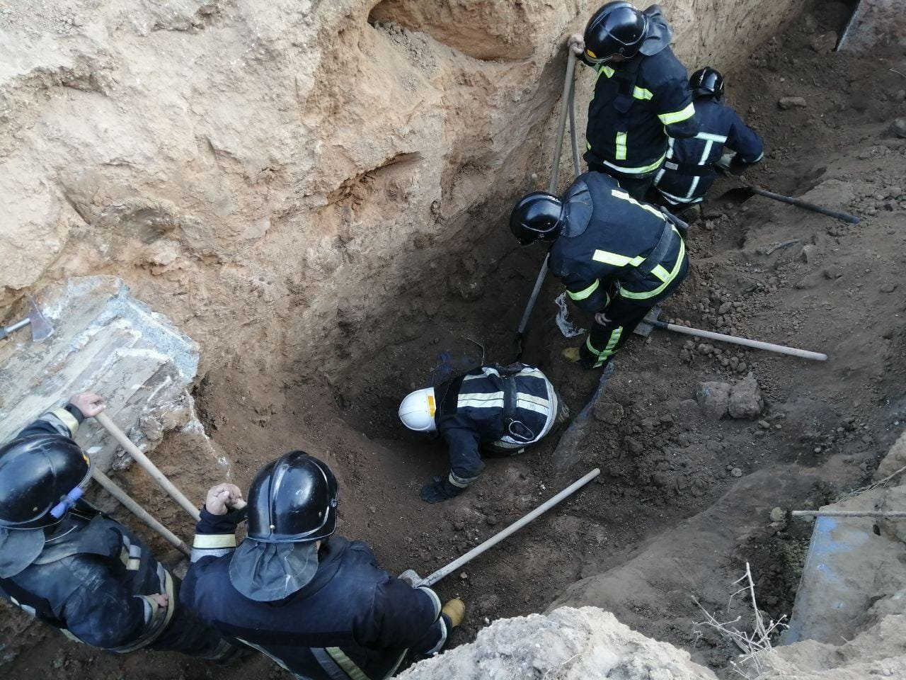 В Одессе на стройке ЖК обвалился котлован, двое строителей погибли, - ФОТО1