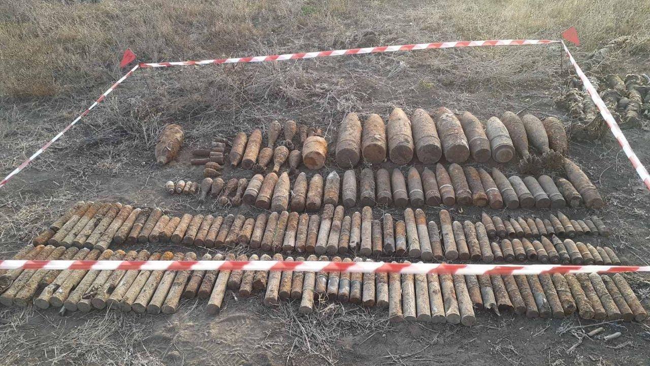 Под Одессой спасатели обезвредили 169 взрывоопасных предметов, - ФОТО 2