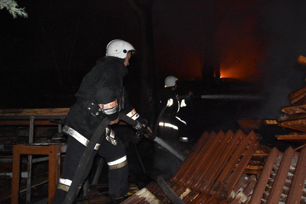 На Аркадийской аллее в Одессе почти два десятка спасателей..., фото-22