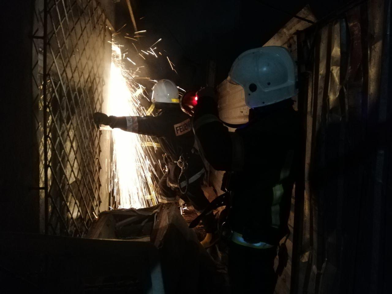 В центре Одессы на пожаре погиб мужчина, эвакуировали 8 без..., фото-11