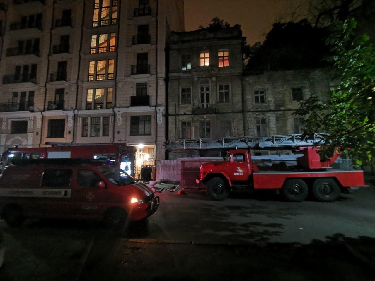 В центре Одессы на пожаре погиб мужчина, эвакуировали 8 без..., фото-22