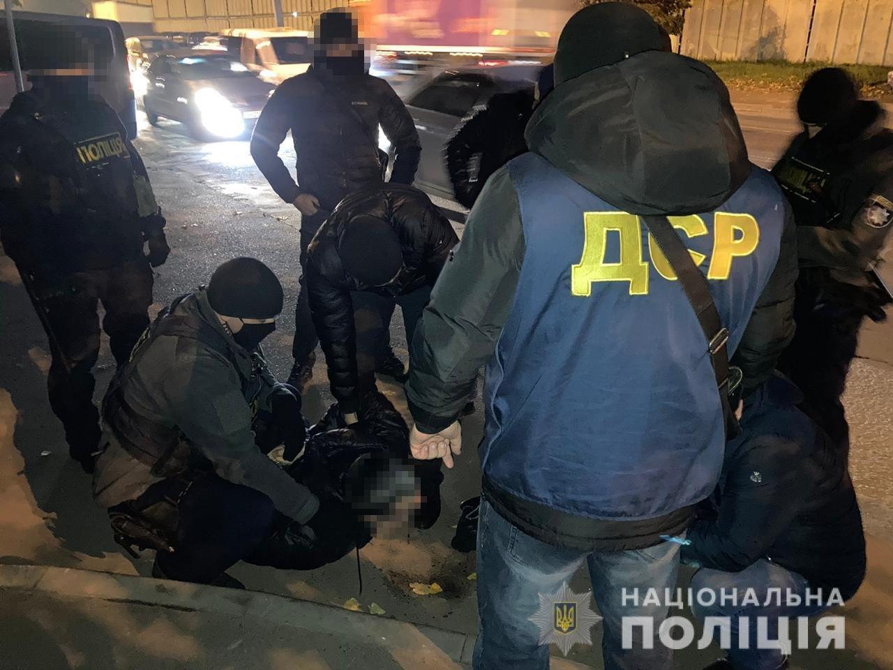 Гражданин РФ вымогал 12 тысяч долларов несуществующего долга у одессита, - ФОТО, фото-1