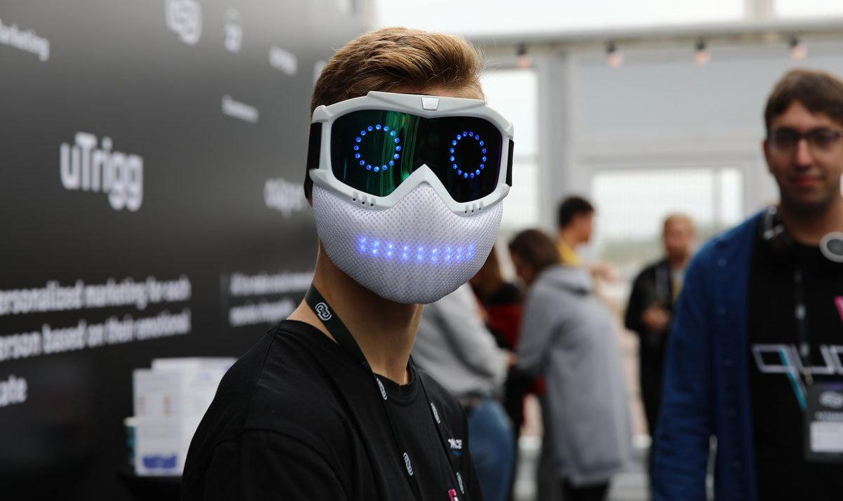 Школьник из Одессы создал умную светодиодную маску и уже начал ее продавать,- ФОТО, фото-2