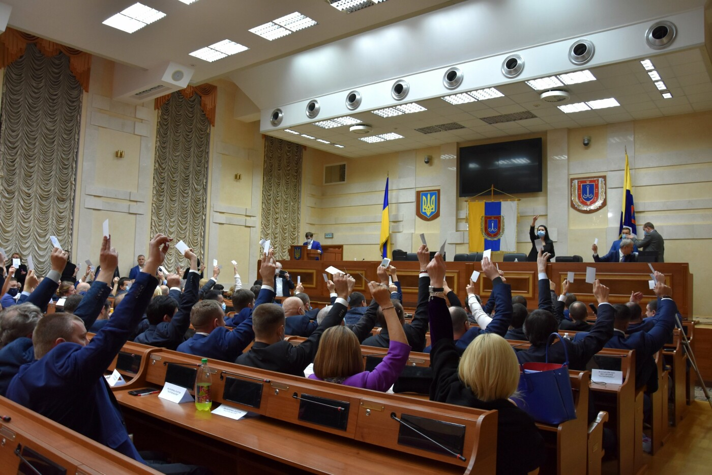 Первая сессия в Одесском облсовете состоялась с опозданием на 12 часов, - ФОТО, фото-2