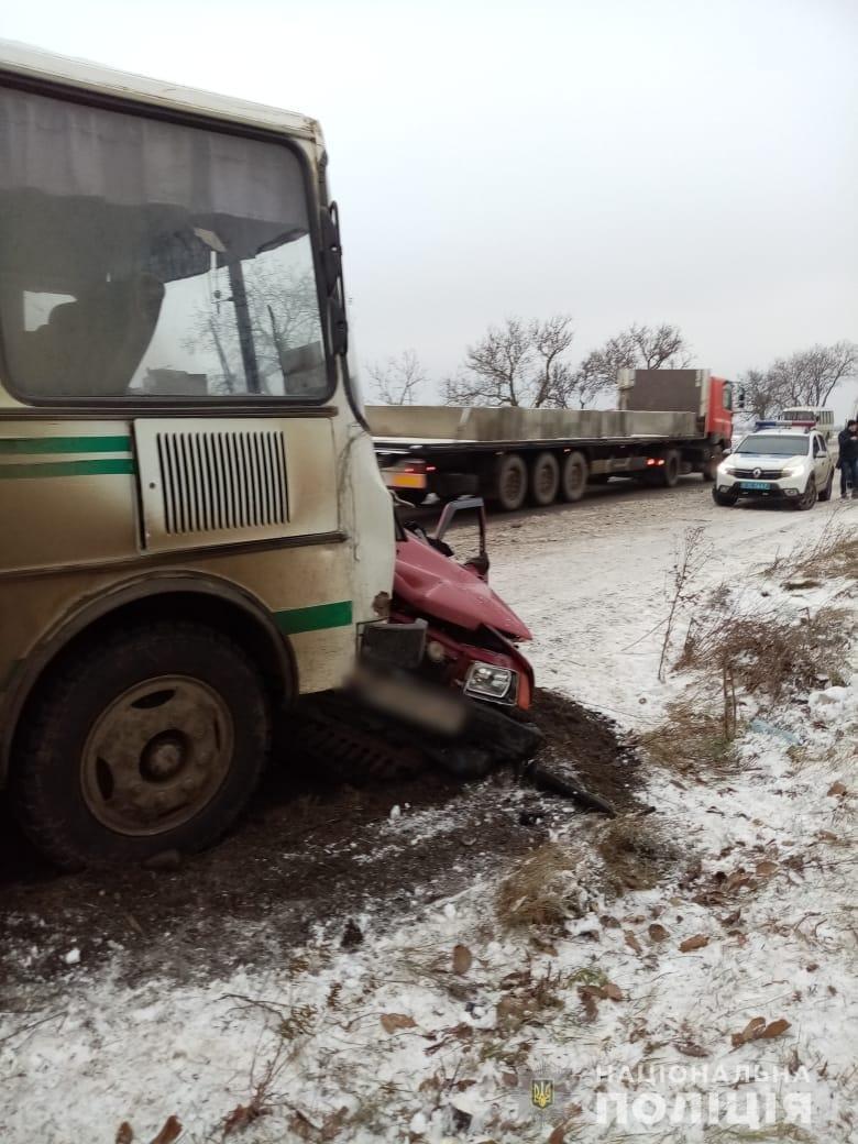 Скользкая дорога стала причиной смертельного ДТП под Одессой, - ФОТО, фото-1