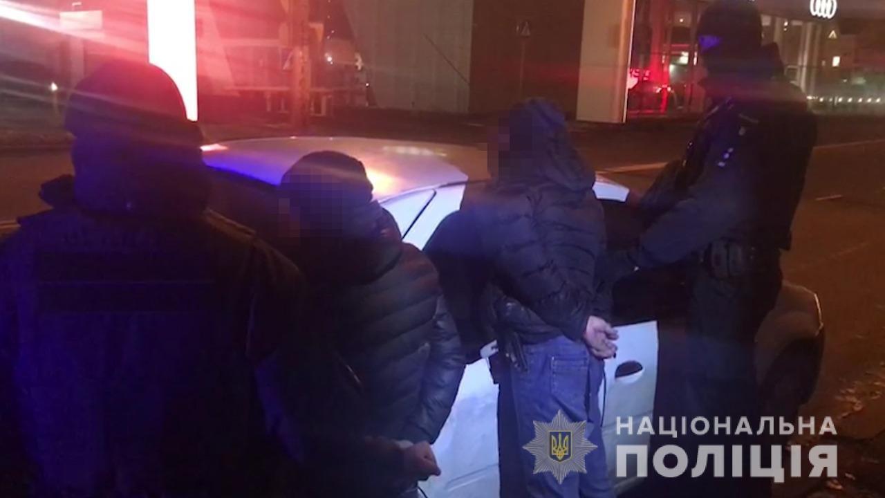 В Одессе мужчина вывез в лес, избил и ограбил свою бывшую жену, - ФОТО, фото-1