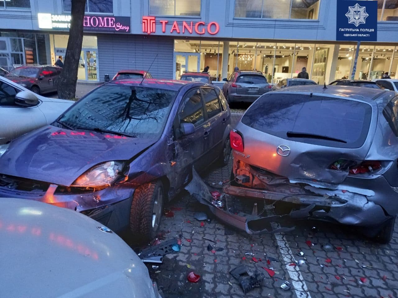 В Одессе автоледи на BMW разбила четыре машины, - ФОТО, ВИДЕО , фото-3