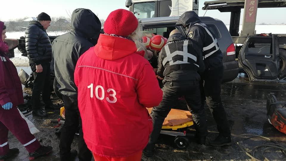 В Одесской области спасатели доставали водителя из машины,..., фото-22