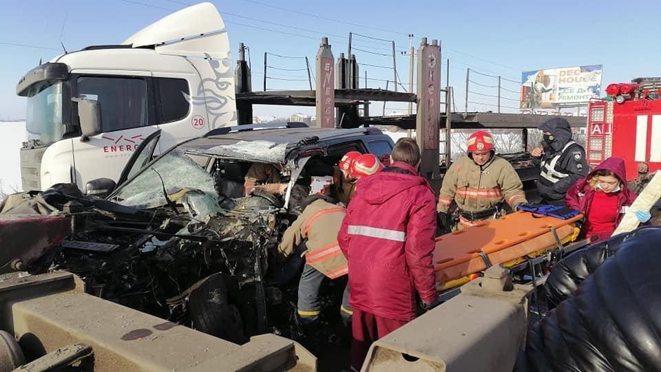 В Одесской области спасатели доставали водителя из машины,..., фото-55