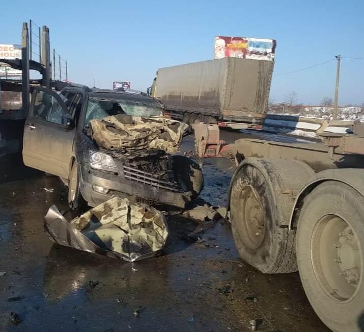 В Одесской области спасатели доставали водителя из машины, - ФОТО, ОБНОВЛЕНО7