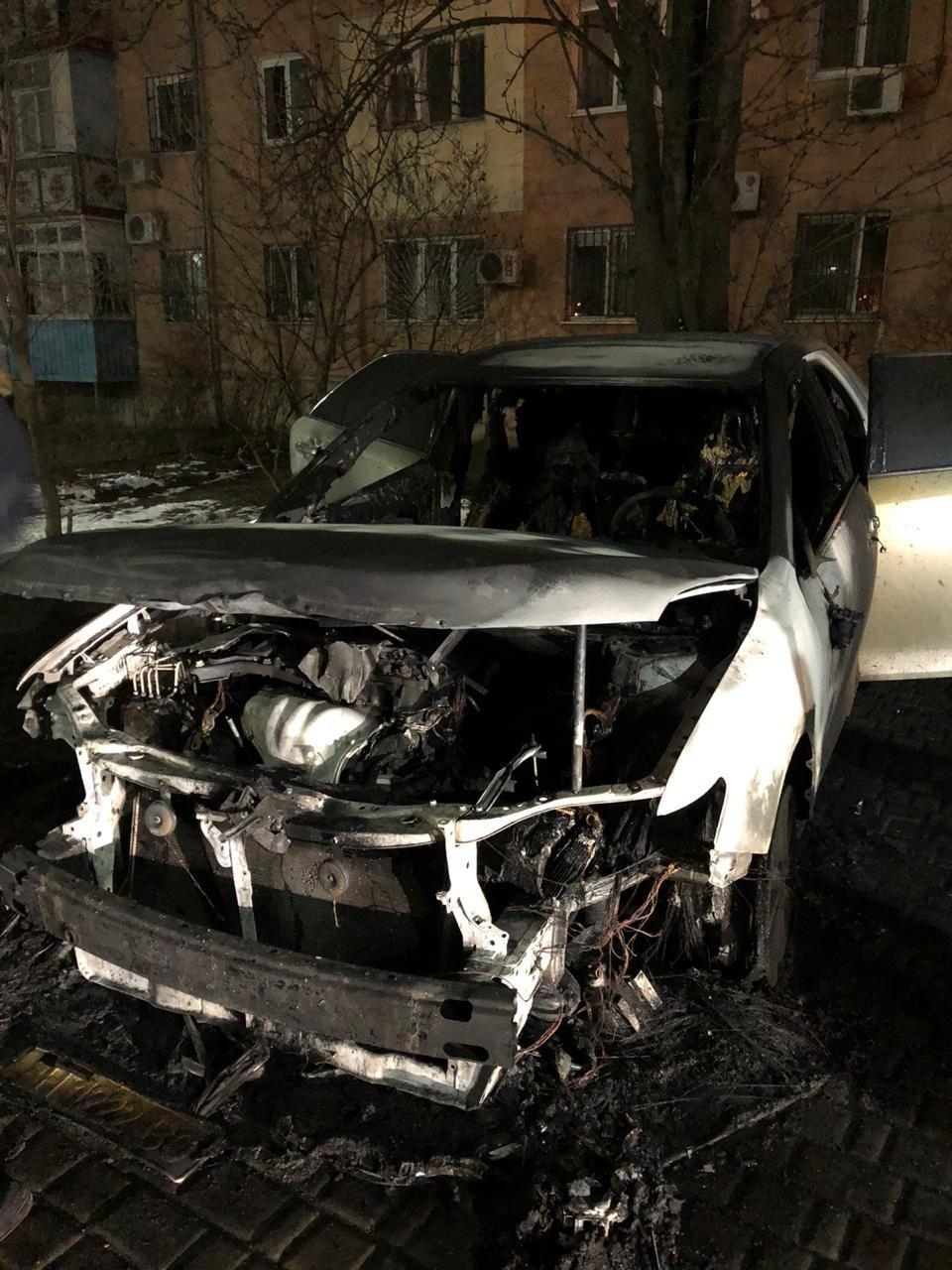 Полицейские в Одесской области ищут поджигателя автомобиля, - ФОТО, фото-1