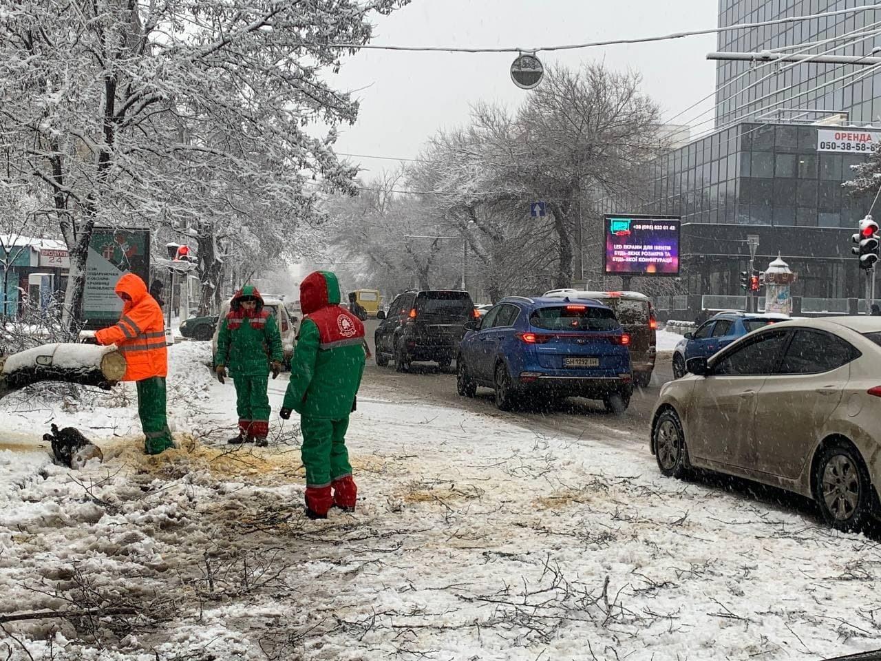Стихия в Одессе: коммунальщики рассказали о ситуации в городе, - ФОТО, фото-9