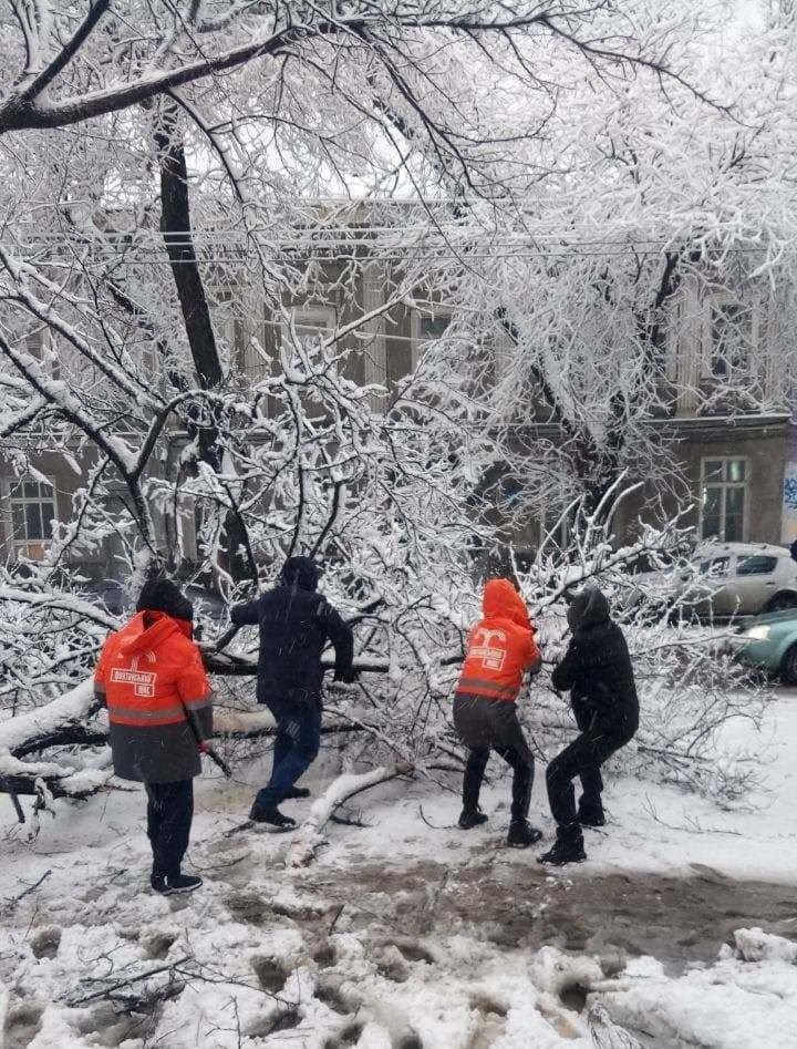 Стихия в Одессе: коммунальщики рассказали о ситуации в городе, - ФОТО, фото-5