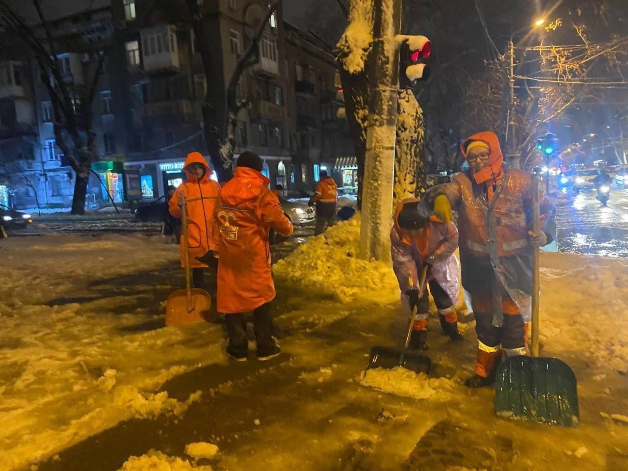 В Одессе упало почти 500 деревьев и крупных веток, - ФОТО, фото-2