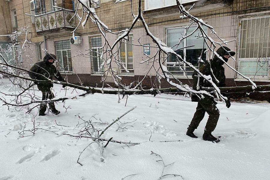В Одесской области нацгвардейцы помогают справиться со стихией, - ФОТО, фото-1