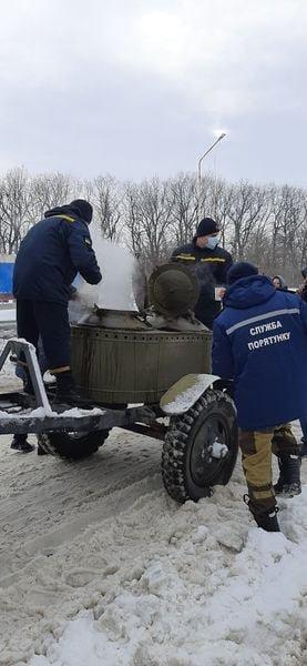 На трассе Одесса-Киев находится 600 грузовиков, - ФОТО, фото-11