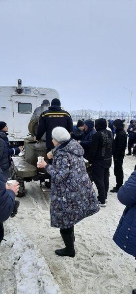 На трассе Одесса-Киев находится 600 грузовиков, - ФОТО, фото-44