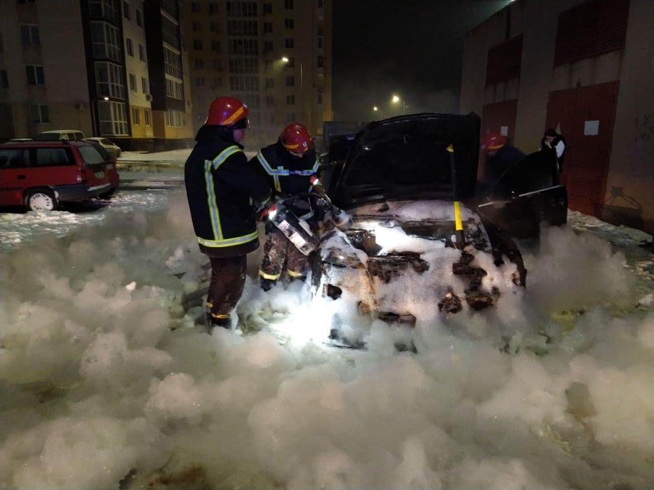 В Одесской области ночью сгорел автомобиль, - ФОТО, фото-11
