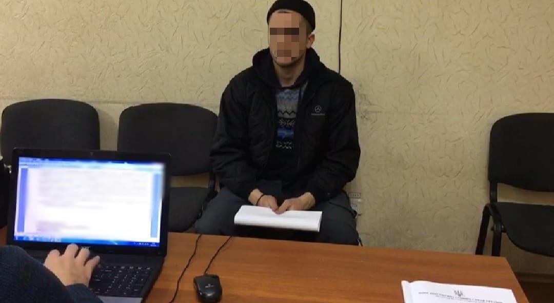 Под Одессой напали на оператора АЗС: его связали и угрожали пистолетом, - ФОТО, фото-1