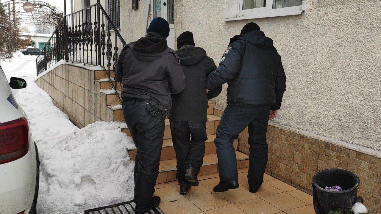 Убил и спрятал на кладбище: в Одесской области поймали подозреваемого в убийстве, - ФОТО, ВИДЕО, фото-3