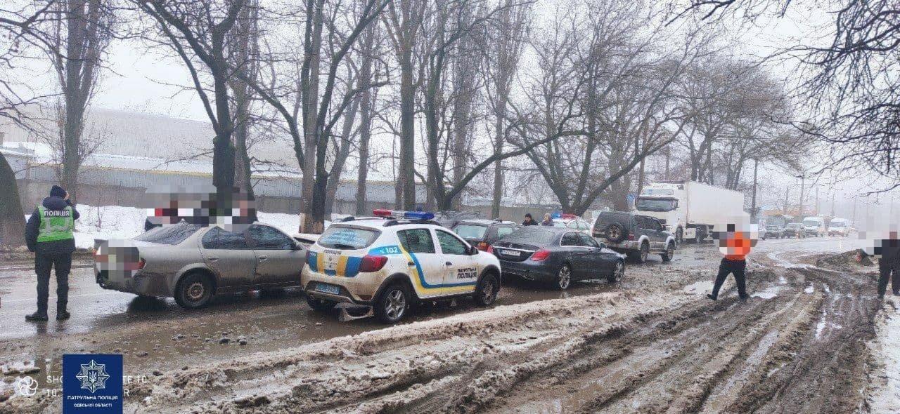 В Одессе столкнулись сразу шесть автомобилей, - ФОТО, фото-22