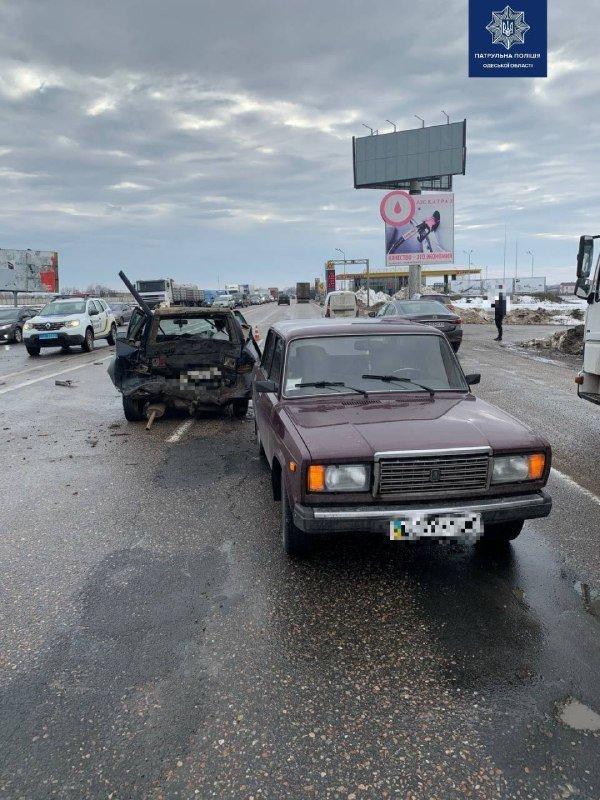 Покорёженный метал и пострадавшие: в Одессе произошло ужасн..., фото-22
