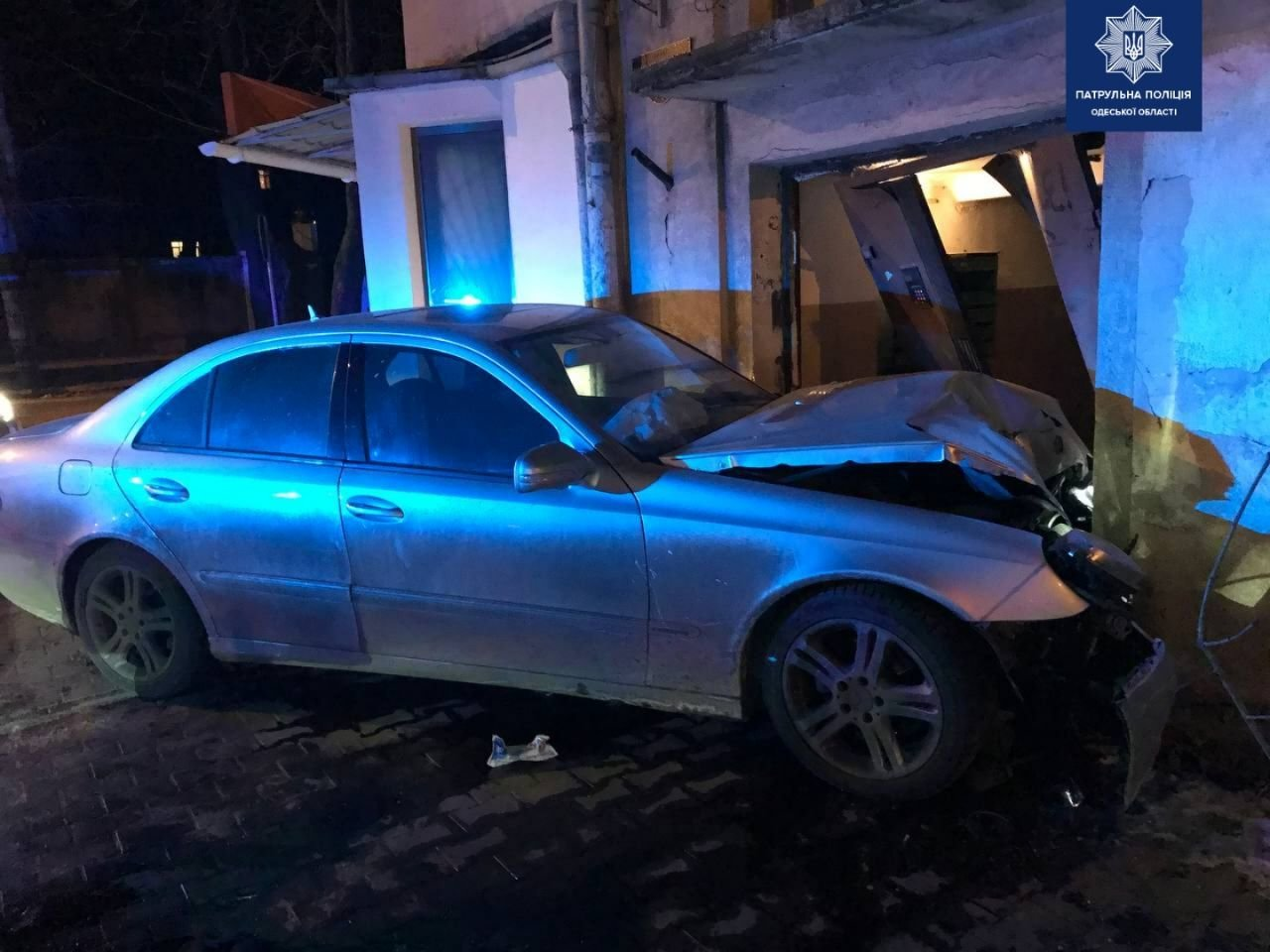 В Одессе пьяный водитель врезался в дом, - ФОТО, фото-2