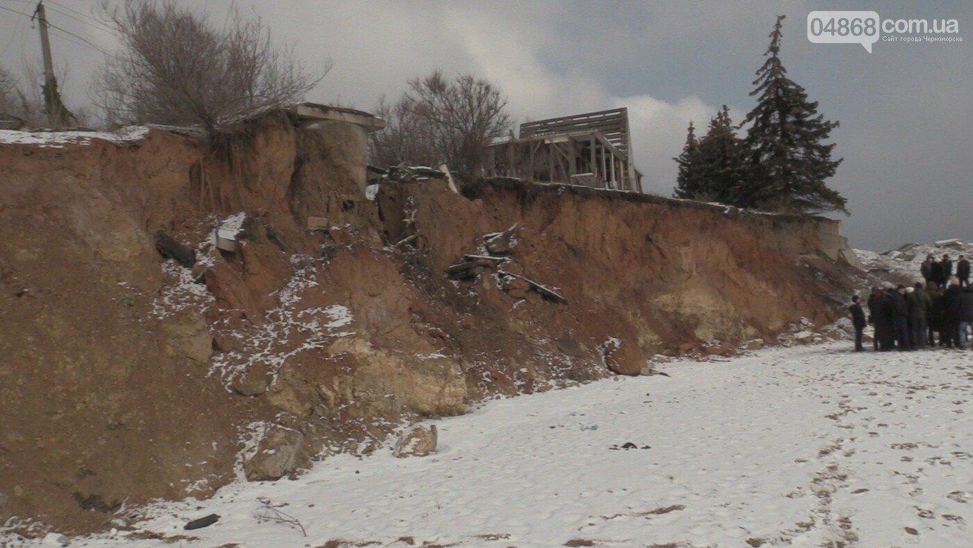 В Черноморске будут решать проблемы с оползнями, - ФОТО, ВИДЕО, фото-1