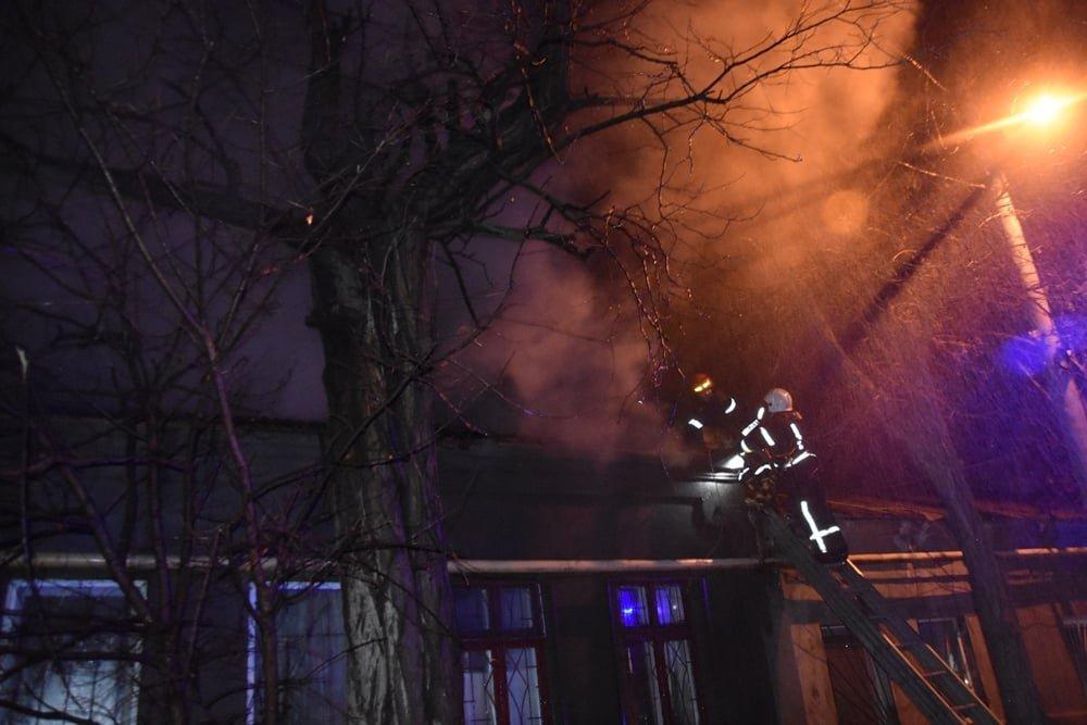 В Одессе горел жилой дом, - ФОТО, фото-4