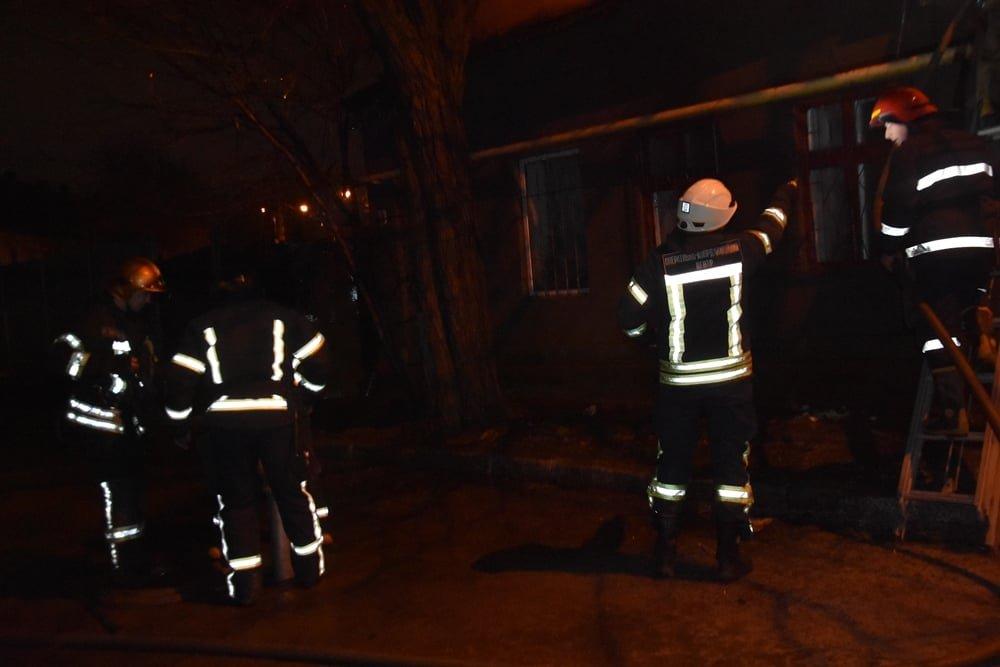 В Одессе горел жилой дом, - ФОТО, фото-1
