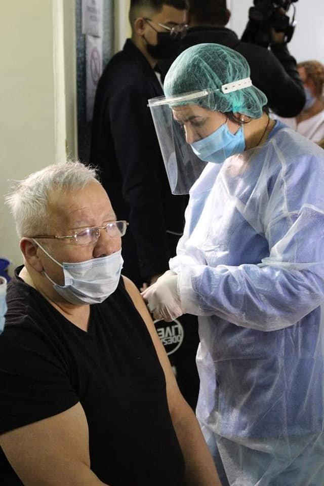 В Одессе прививку от Covid-19 получили медики военного госпиталя, - ФОТО, фото-1
