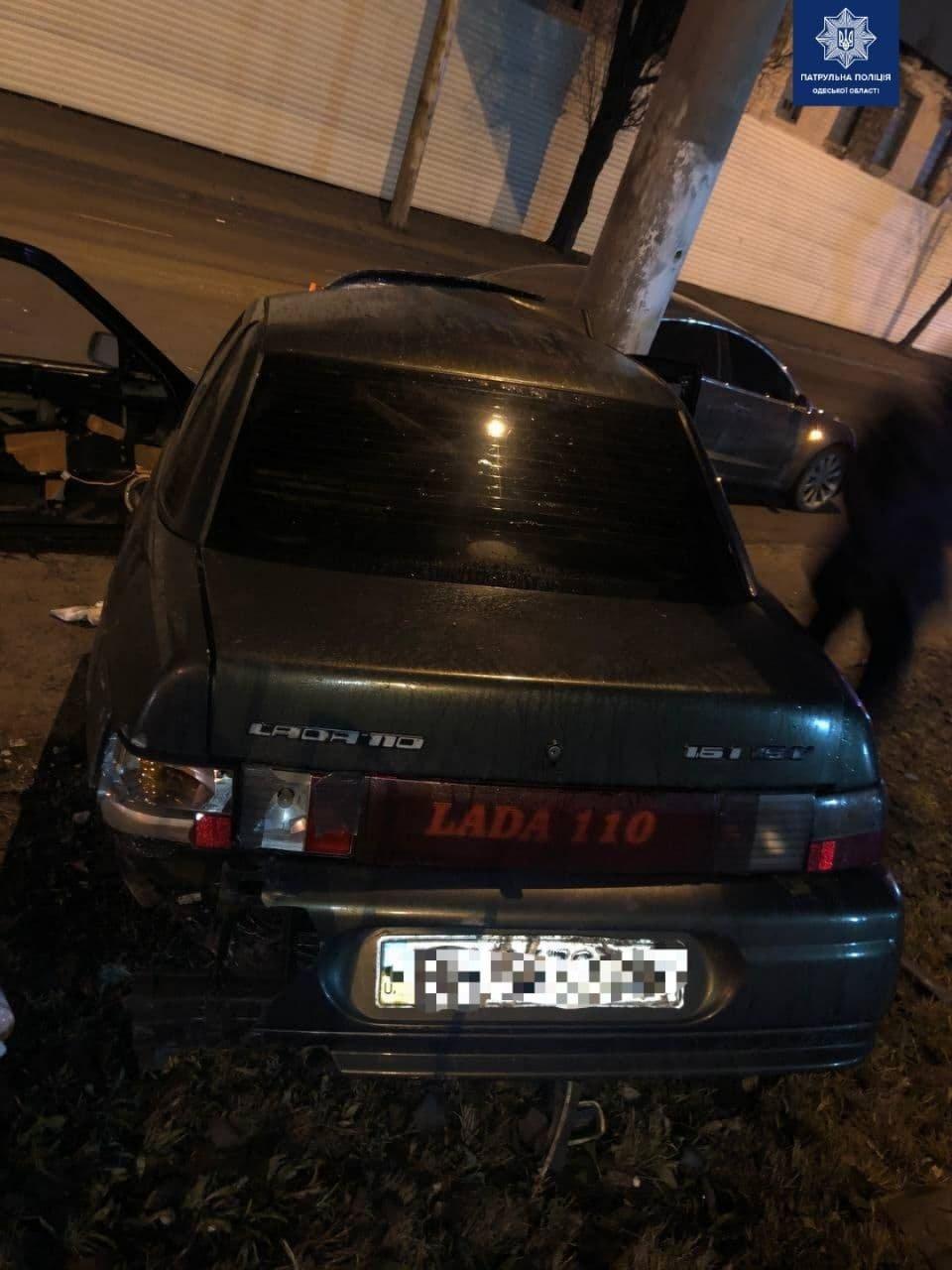 В Одессе пьяный водитель врезался в электроопору, - ФОТО, фото-2