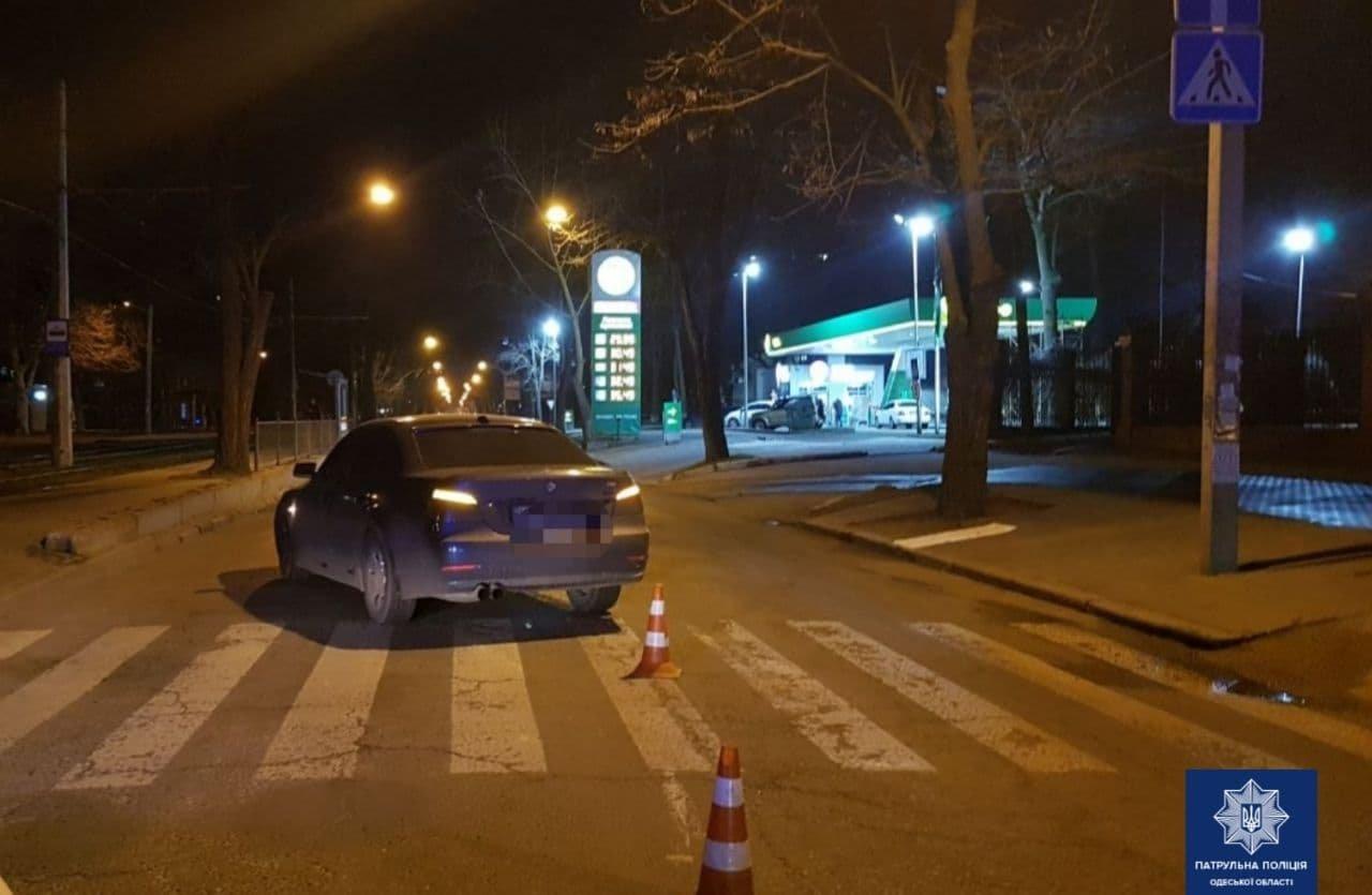 В Одессе BMW сбил пожилую женщину на пешеходном переходе, - ФОТО, фото-1